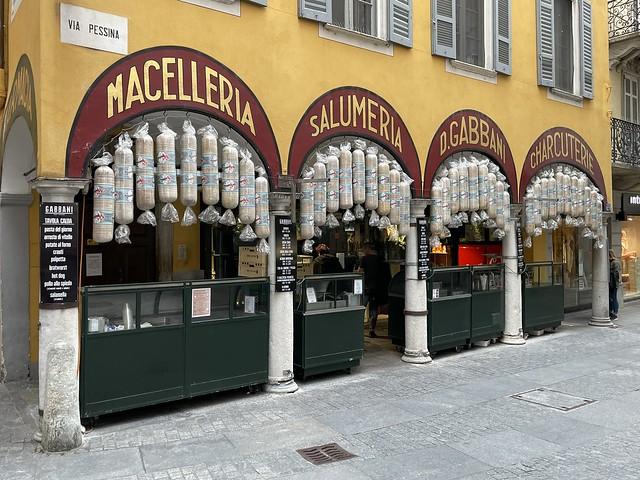Eine Ikone, die in keinem Reiseführer über das Südtessin fehlt: Die Salame der Macelleria Gabbani in Lugano