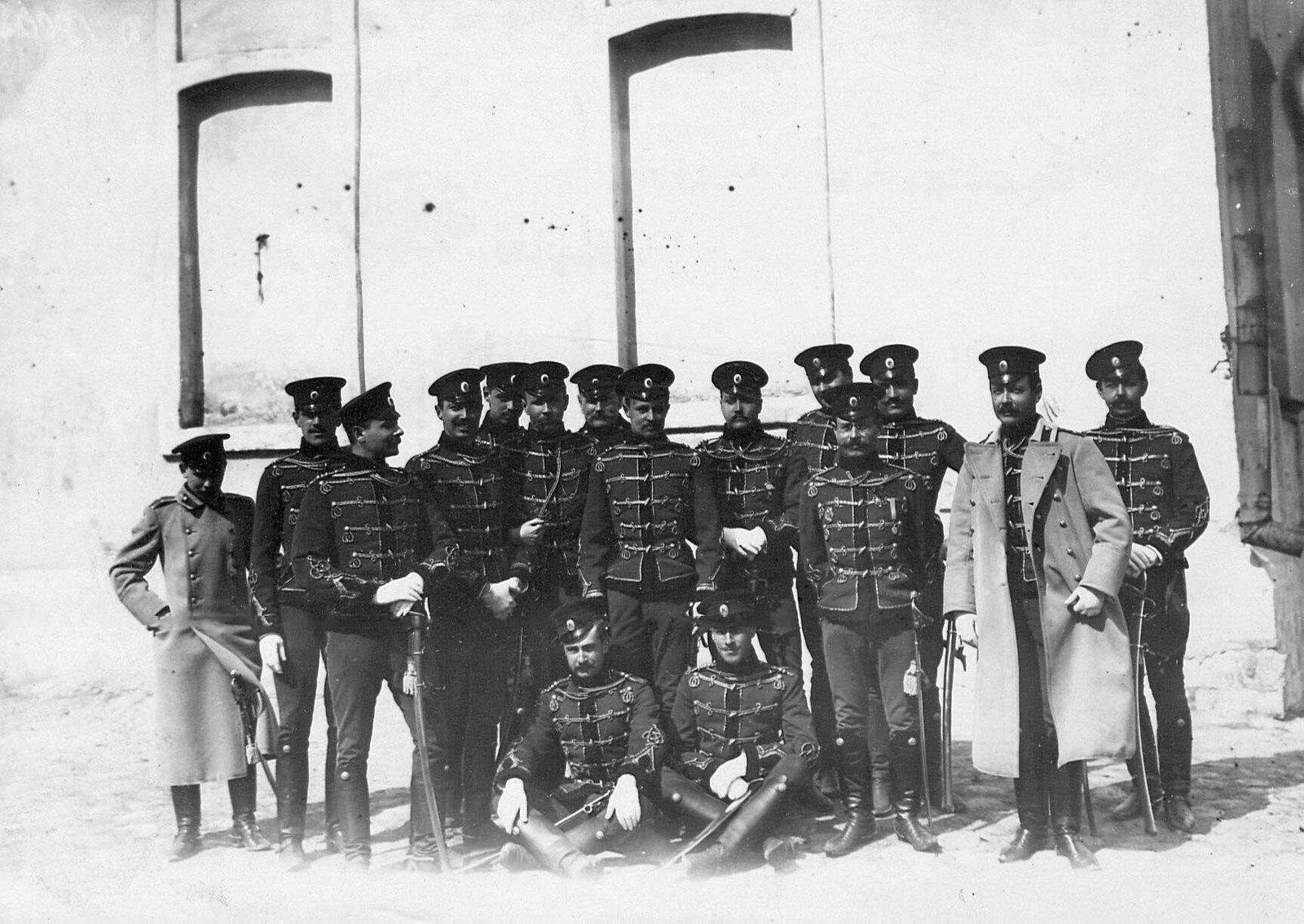 1900-е. Группа офицеров лейб-гвардии Гусарского Его Величества полка