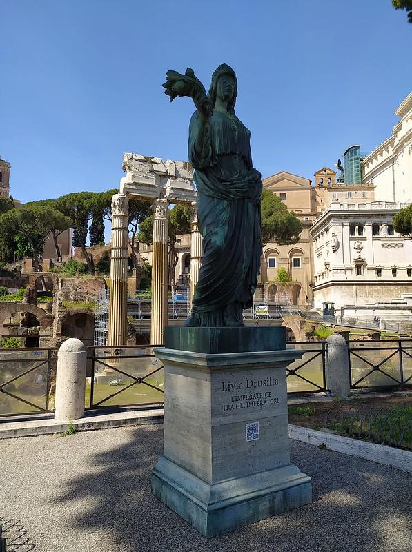 ROMA ARCHEOLOGICA & RESTAURO ARCHITETTURA 2021. Statue of Livia Drusilla, wife of the Emperor Augustus, appears along the Via dei Fori Imperiali in front of the ruins of the Temple of Venus Genetrix. ITALY 24 NEWS (08/05/2021). S.v., IL MESS. (07/05/2021)
