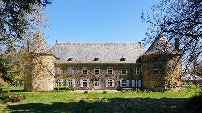 plas aan het château de Villemont