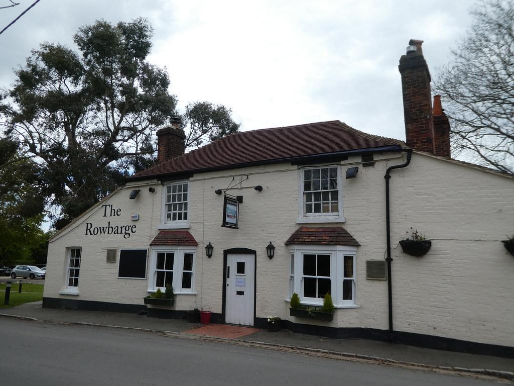 The Rowbarge Inn, Woolhampton
