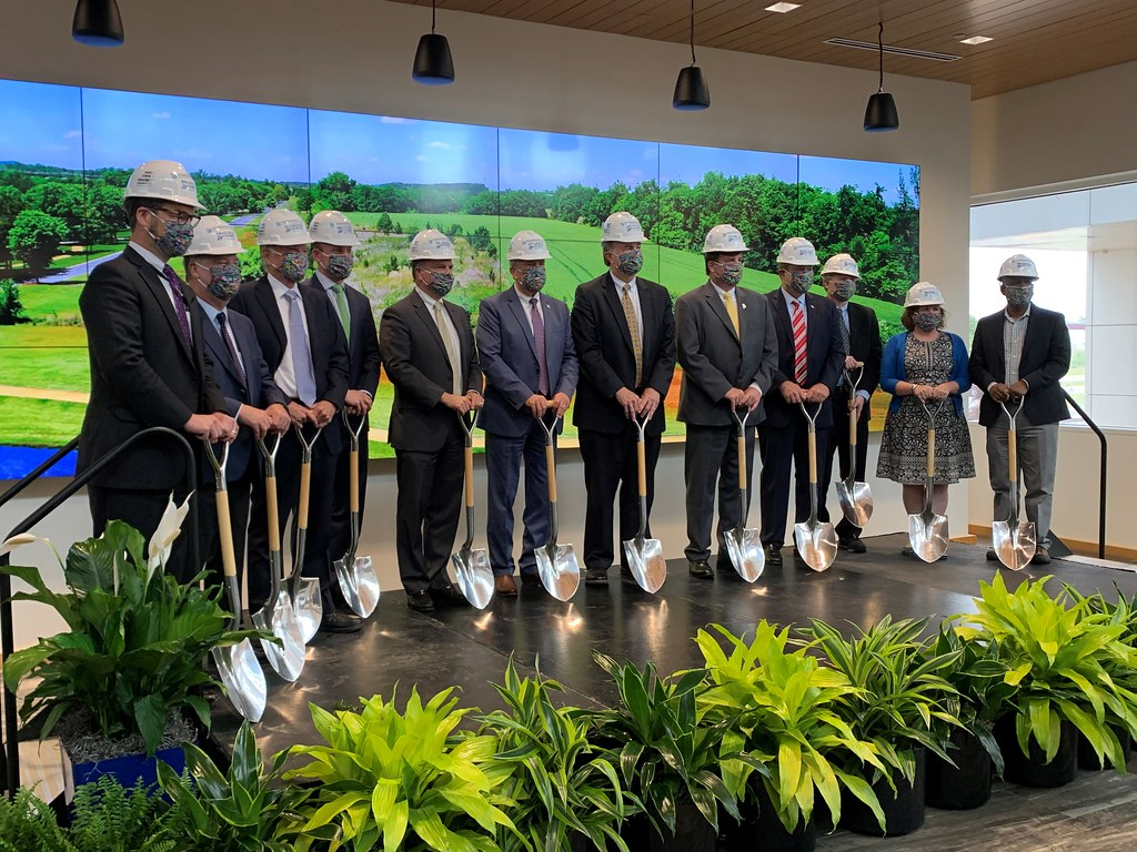 051021 Groundbreaking Ceremony for HudsonAlpha Campus Expansion