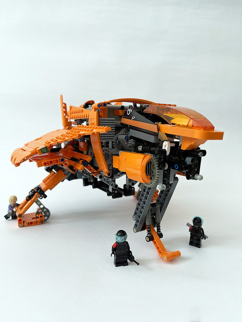 Lego Sequel police patrol ship - front view with minifigs