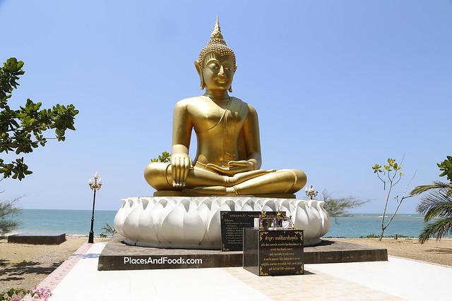 Baan Nam Ken Tsunami Memorial Park  buddha