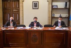 Acto de firma del convenio que permitirá al ayuntamiento usar el Banco de Ayudas Técnicas.