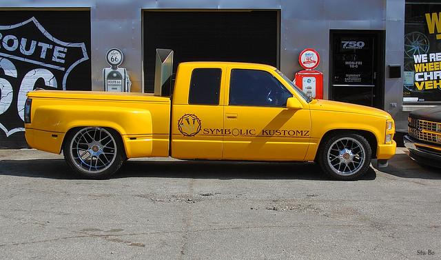 truck spotting...