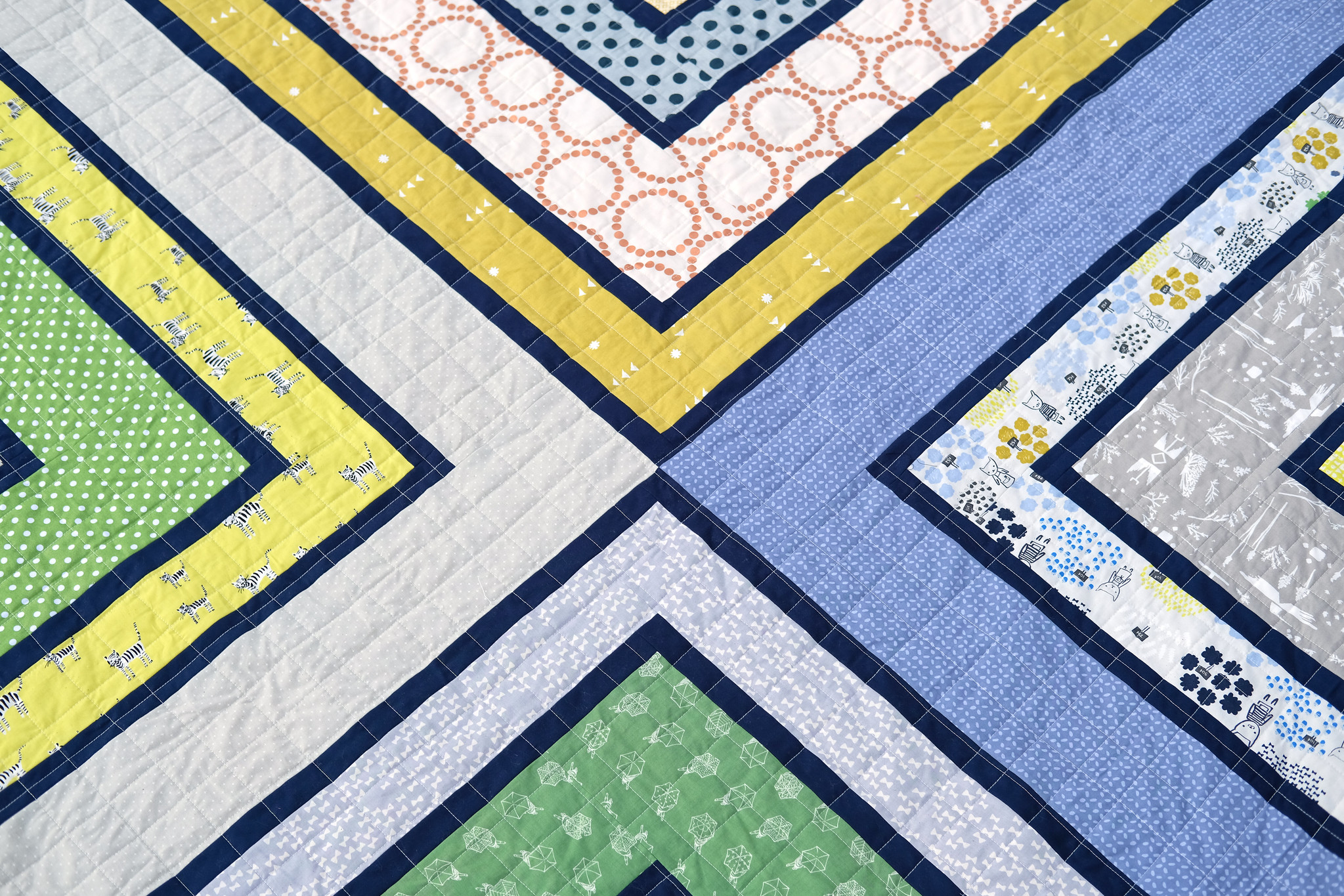 A Navy Sylvie Quilt - Kitchen Table Quilting