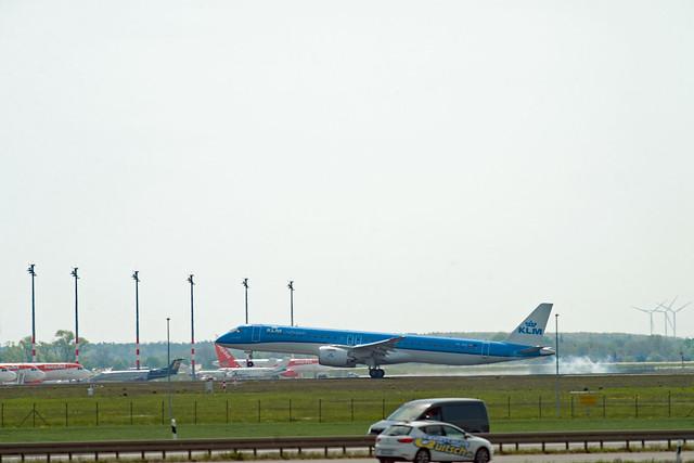 BER Brandenburg 11.5.2021 KLM Cityhopper