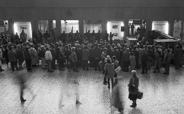 Auktion am Südbahnhof, März 1994