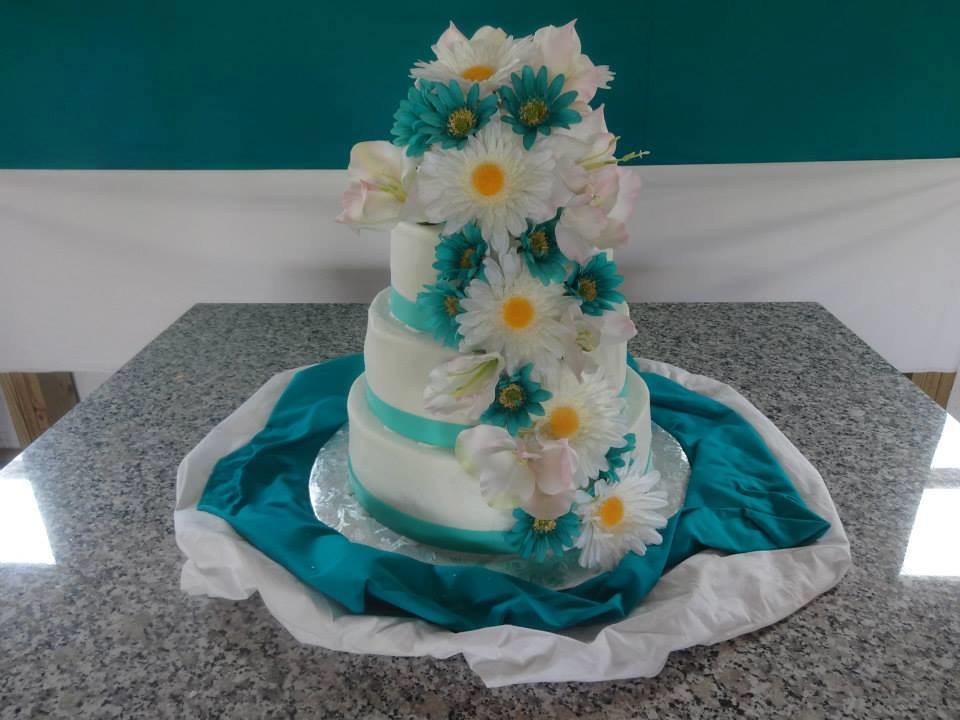 Cake by Divine Desserts and Cakes