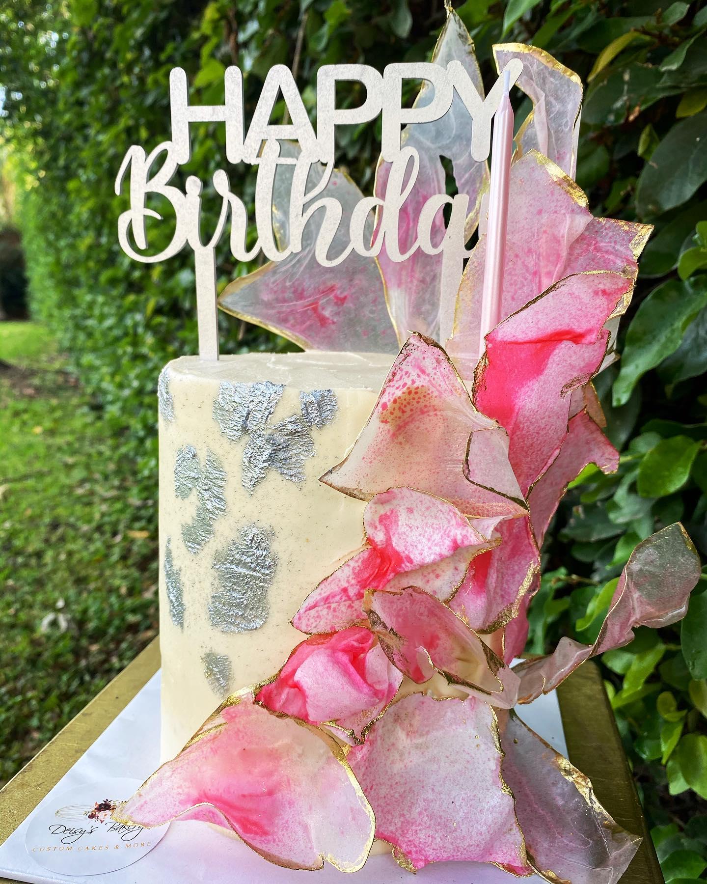 Cake by Deisy's Bakery