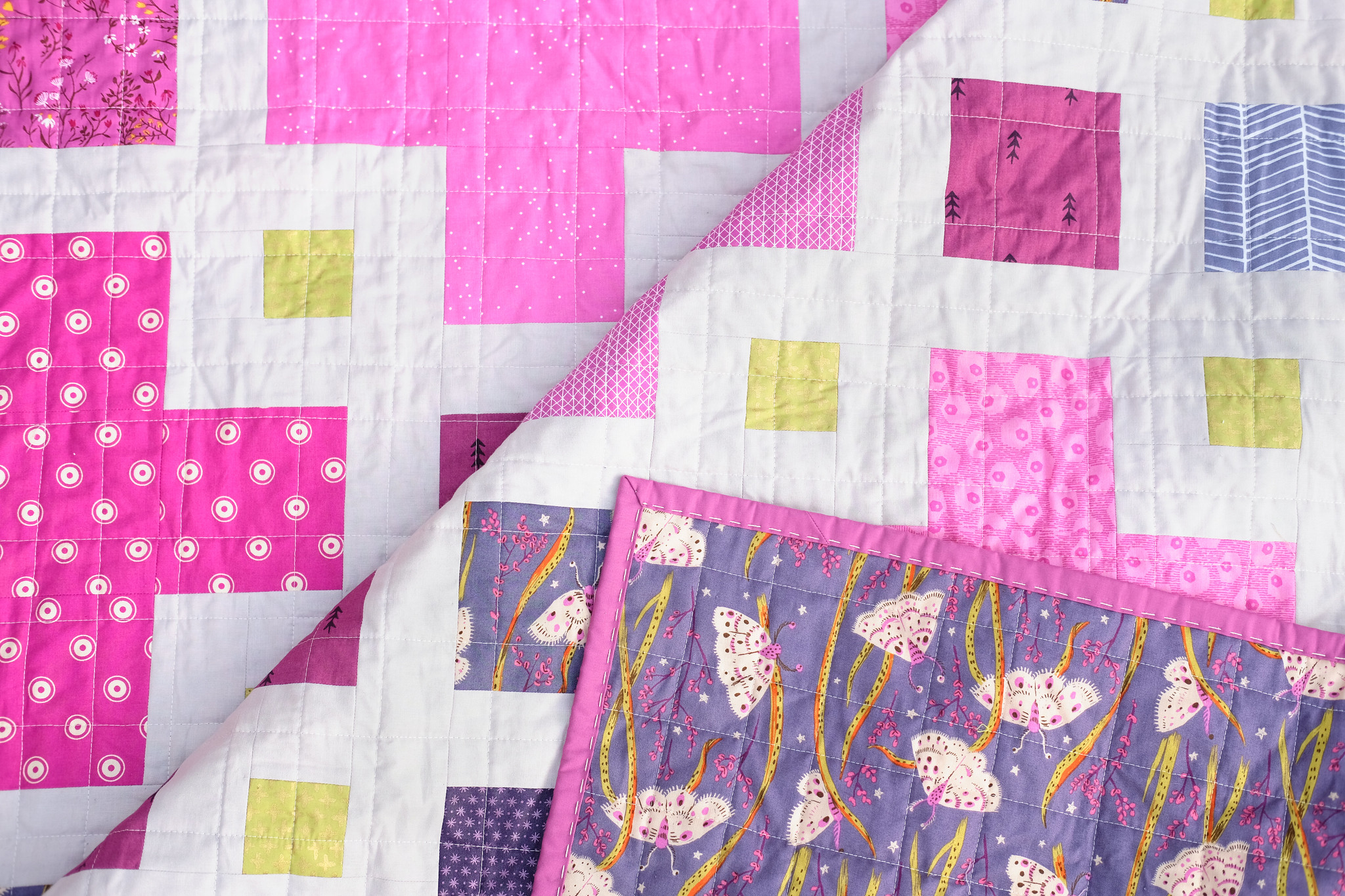 A Pink and Purple Violet Quilt - Kitchen Table Quilting