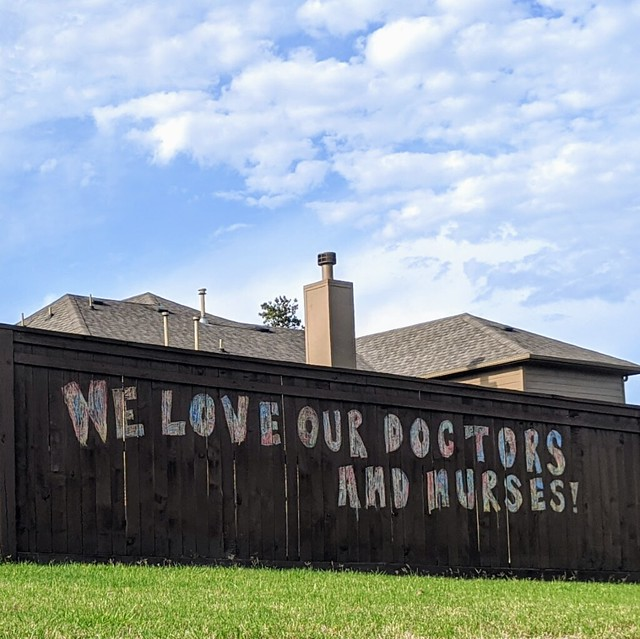 Tribute to doctors and nurses