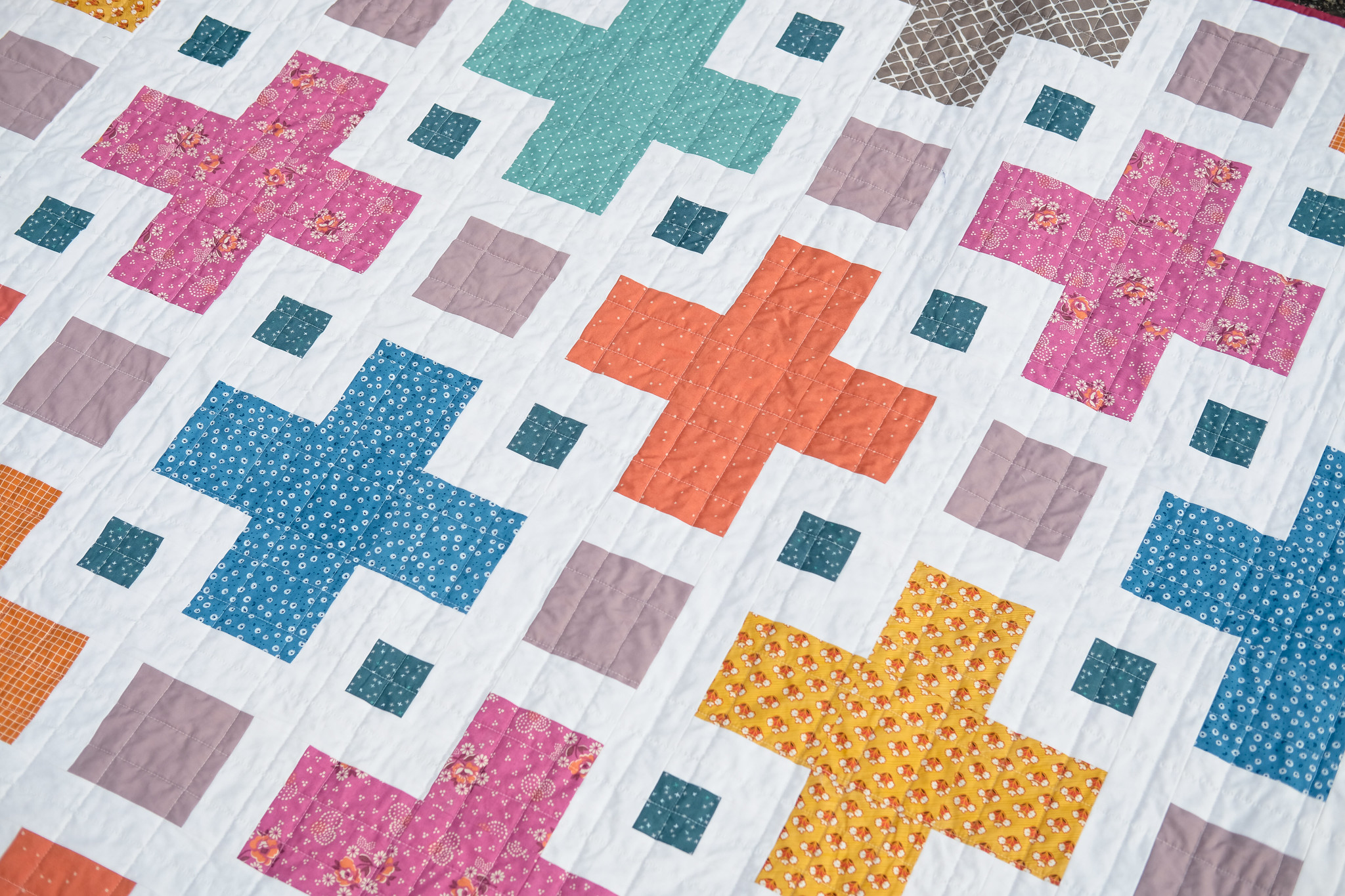 A Muted Violet Quilt - Kitchen Table Quilting