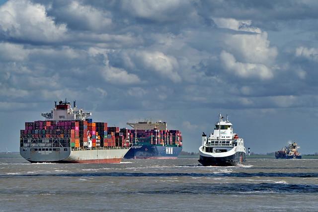 Auf der Elbe bei Cuxhaven