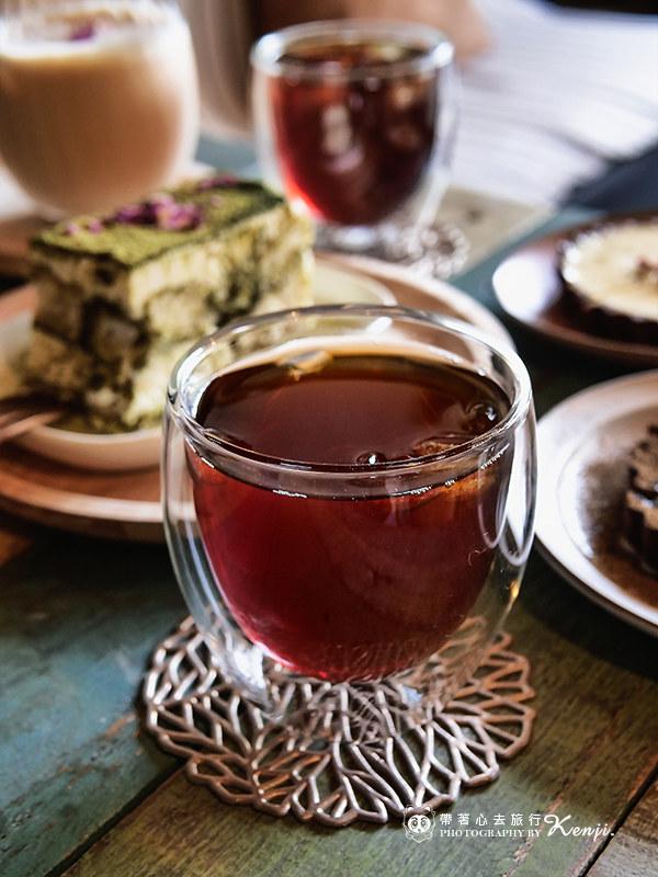 modism-cafe-26