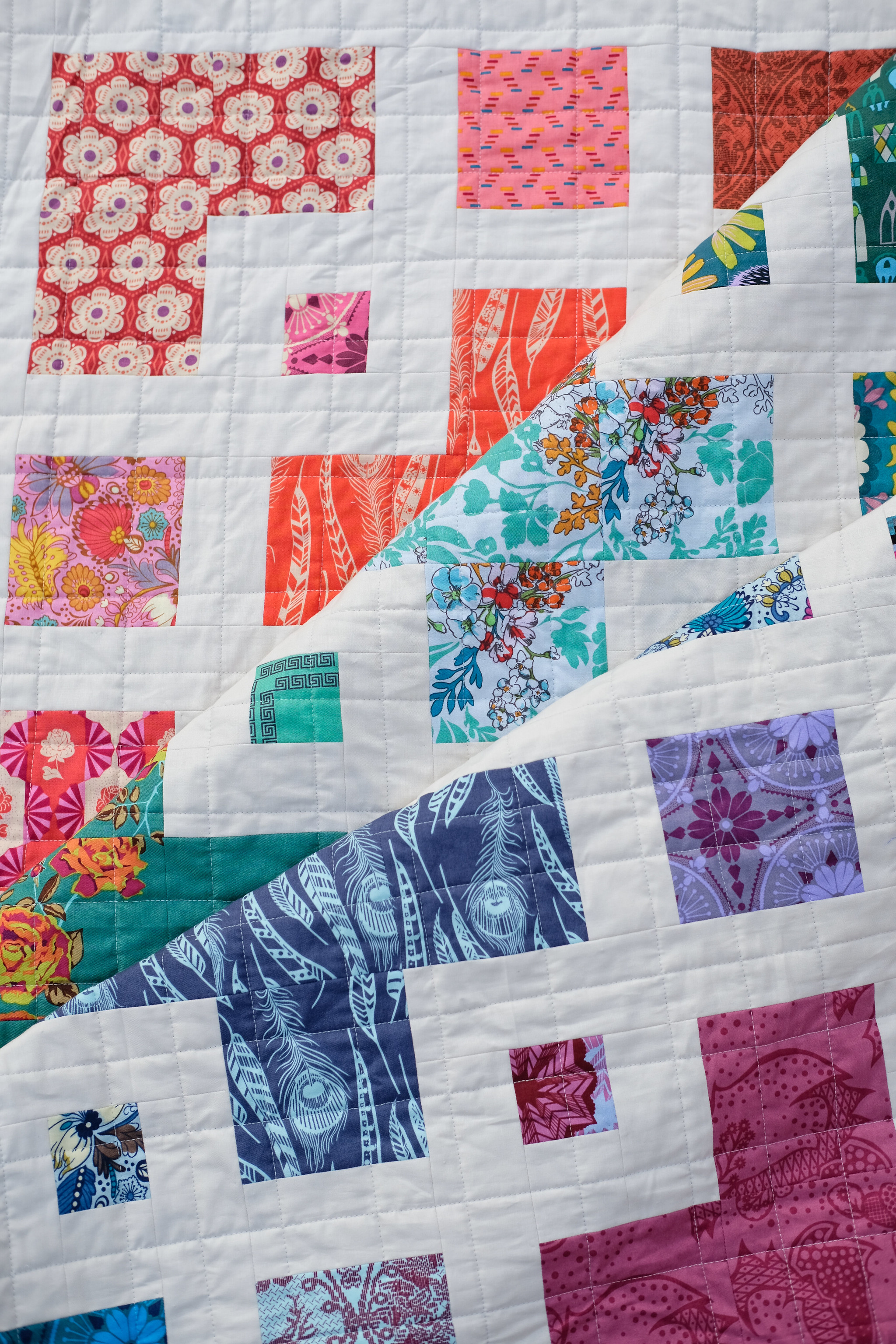 A Rainbow AMH Violet Quilt - Kitchen Table Quilting