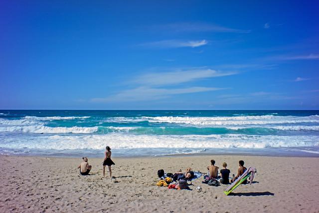 ... Another  day at Zurriola Beach ...