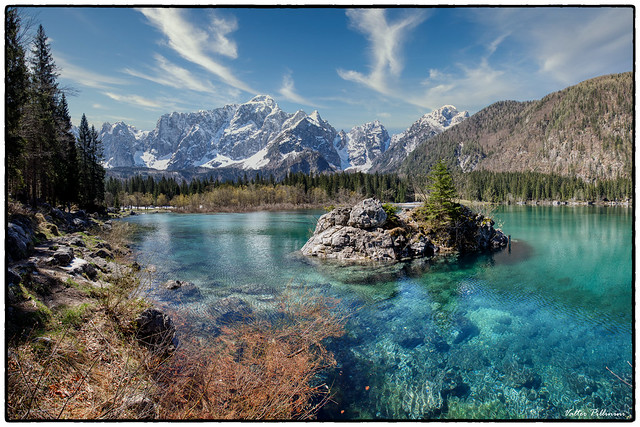 Maggio al Lago superiore di Fusine.