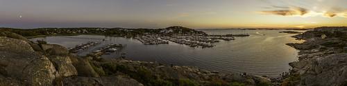 europe hasselblad kullavik kullavikshamn scandinavia sweden coast coastal image marina panorama photo sunset f63 mabrycampbell july 2018 july252018 20180725swedencampbellb0002014pano 24mm ¹⁄₁₃sec iso100 hcd24