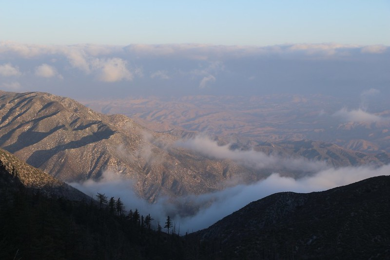 It was cold that morning, with lots of cool clouds drifting in the valleys to the north of us, on Moody Canyon Road