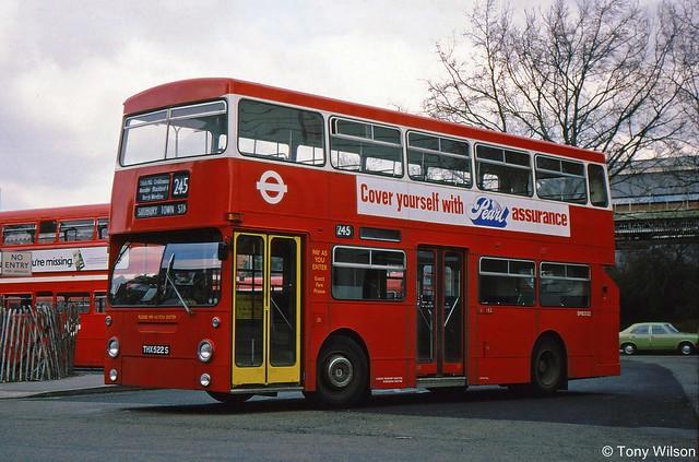 THX522S London Buses DMS2522