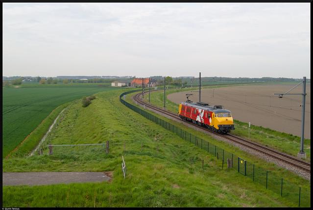 Stichting 2454 CREW MP 3029 komt door Lewedorp, 11 mei 2021