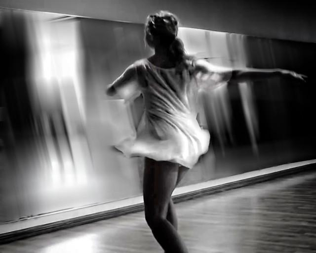 Dance ¬ 5751