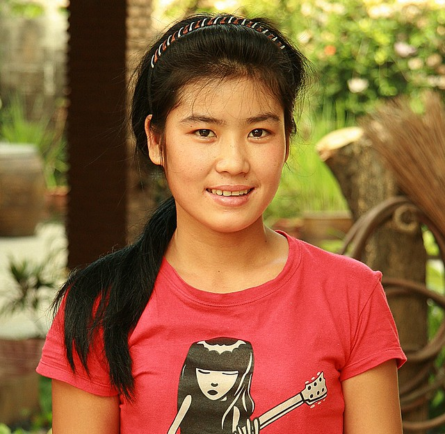 pretty burmese migrant worker (maid)