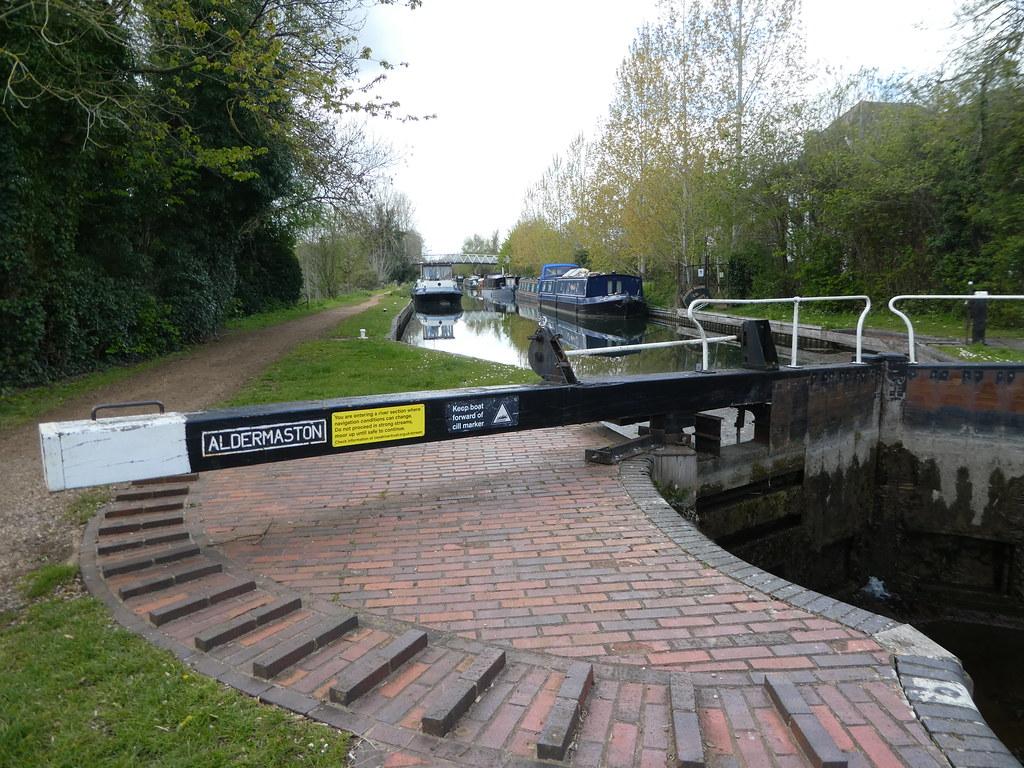 Aldermaston Lock Gates, Kennet & Avon Canal