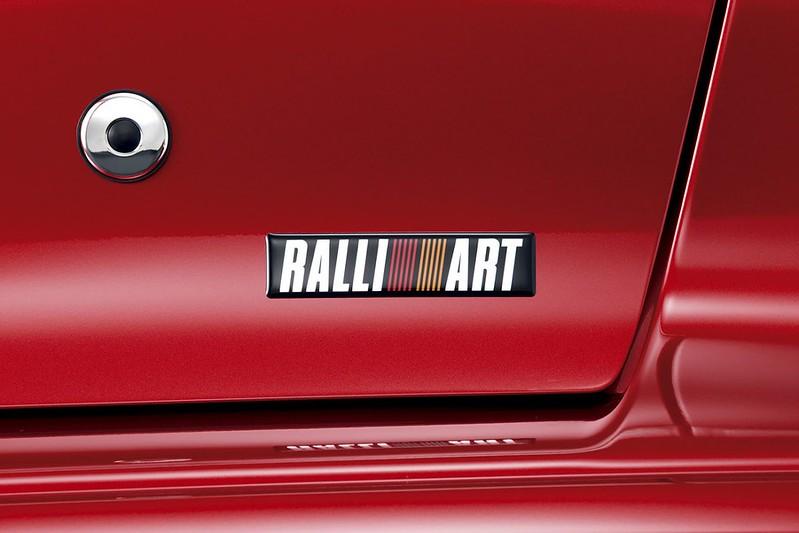 Mitsubishi-Ralliart-1