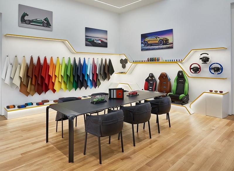 lamborghini-nyc-lounge-10