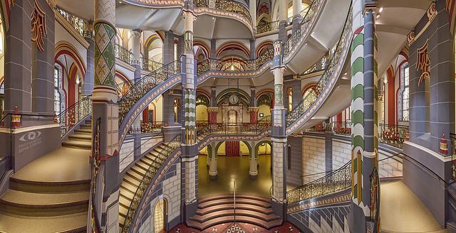 What a magnificent building: Landgericht Halle  ·  ·  ·    (R5B_3670-3677)