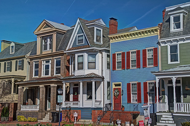 Colonial Houses 5