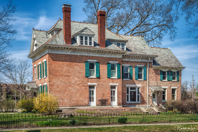 Luman Burr House, Franklin Square Historic District, Bloomington, Illinois (2 of 2)
