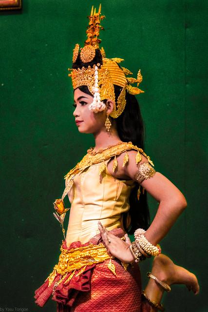 Aspara Dancer in formal traditional dress performing at  Hotel Somadevi Angkor Resort & Spa, Siem Reap, Cambodia.  160a