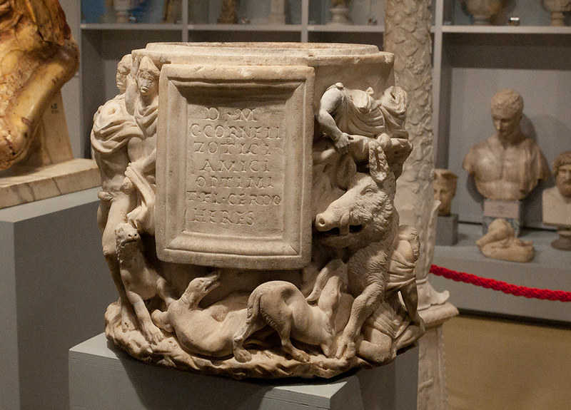 Время Эрмитажа. Открытое хранение античной скульптуры в Реставрационно-хранительском центре «Старая Деревня».