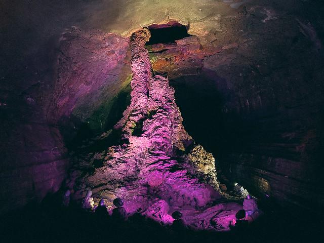 Manjanggul Cave in Jeju 01