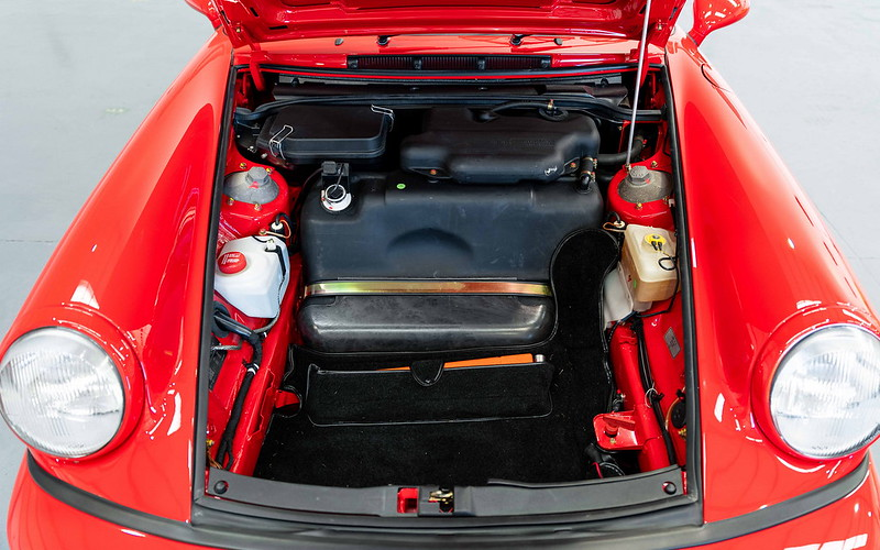 1991-Porsche-911-964-Carrera-RS-CC-22