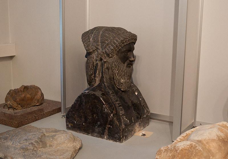 Время Эрмитажа. Открытое хранение античной скульптуры в Реставрационно-хранительском центре «Старая Деревня»