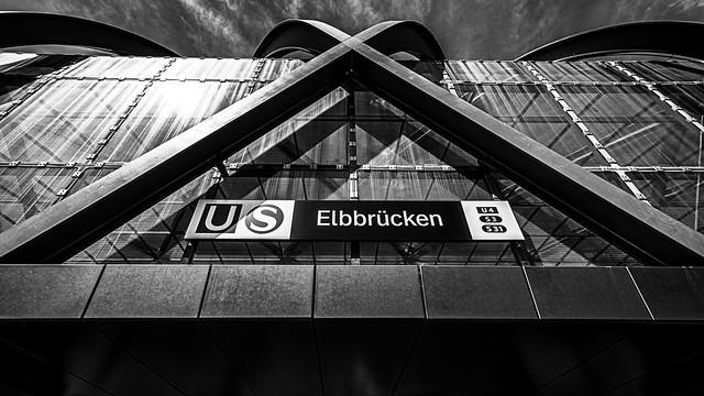 Hamburg Hafencity Elbbrücken Eingang