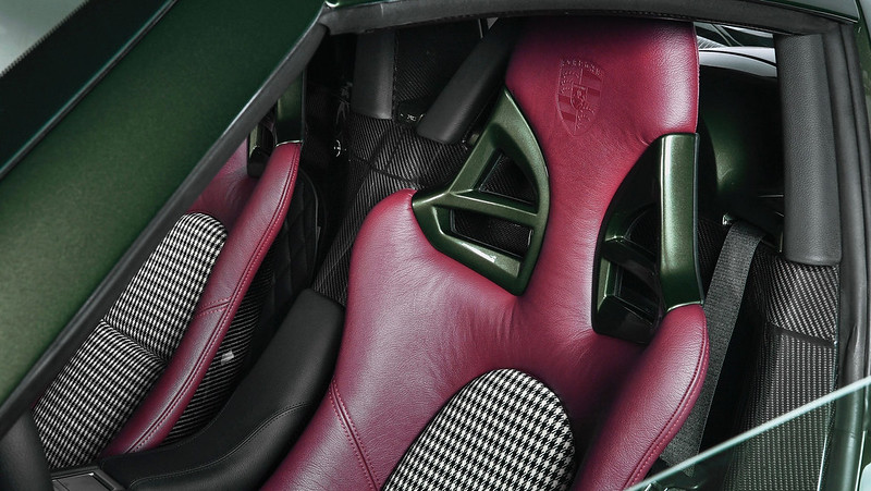 Porsche-Personalization-20