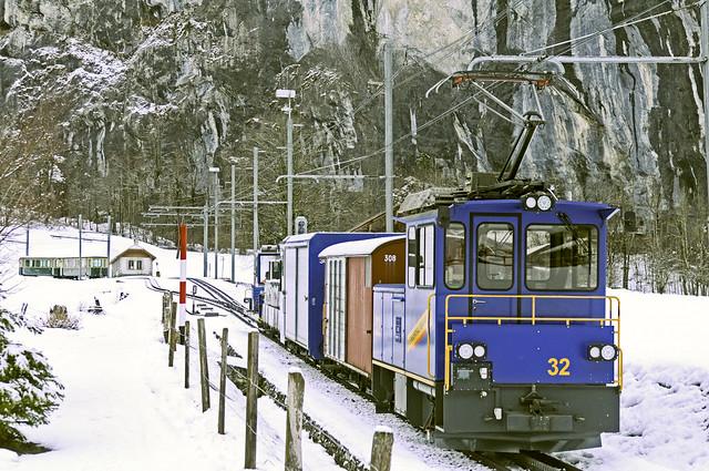 Güterzug auf Zahnradgleis