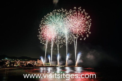 Santa Tecla Sitges - Castell de foc
