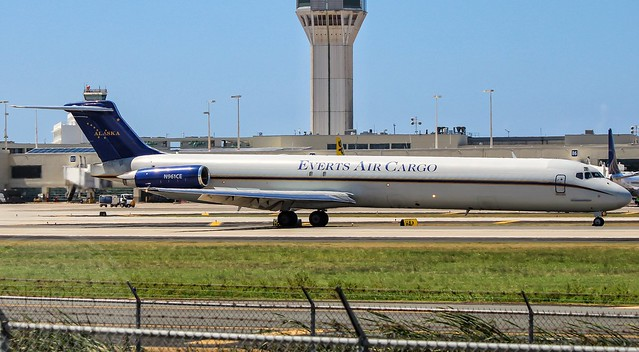 Everts Air Cargo/McDonnell Douglas MD-82'SF'/N961CE