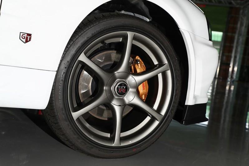 Nissan-GT-R-R34-V-Spec-II-Nur-12