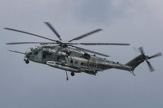 Sikorsky CH-53E Super Stallion 163001 'YS-21' VMM-162 (Reinforced)