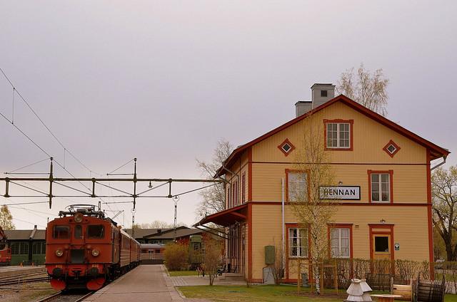 Tåg 13.