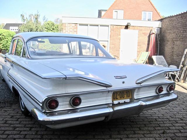 1960 CHEVROLET Bel Air 4-Door Hardtop