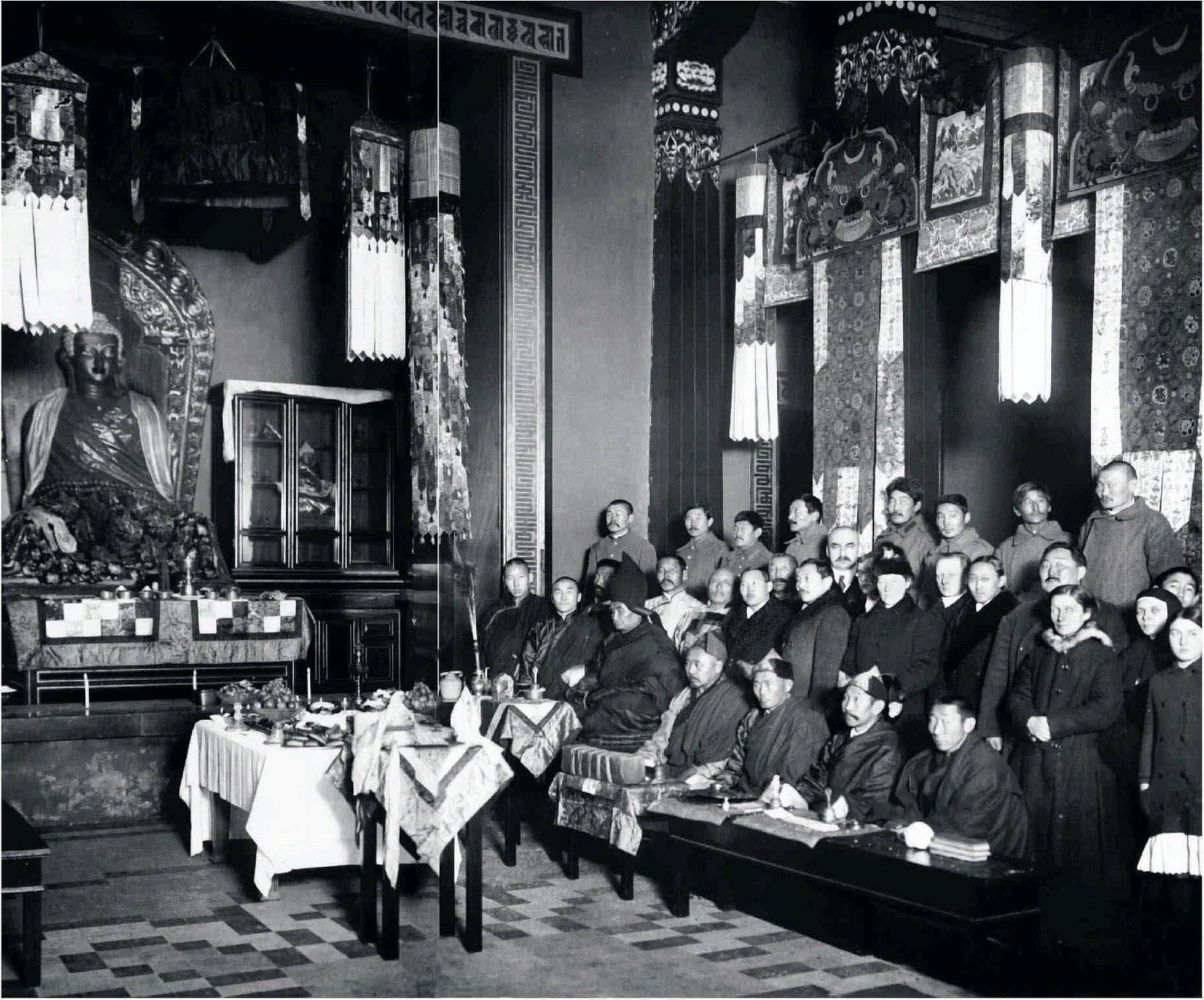 1914. Молебен в буддистком храме Петрограда